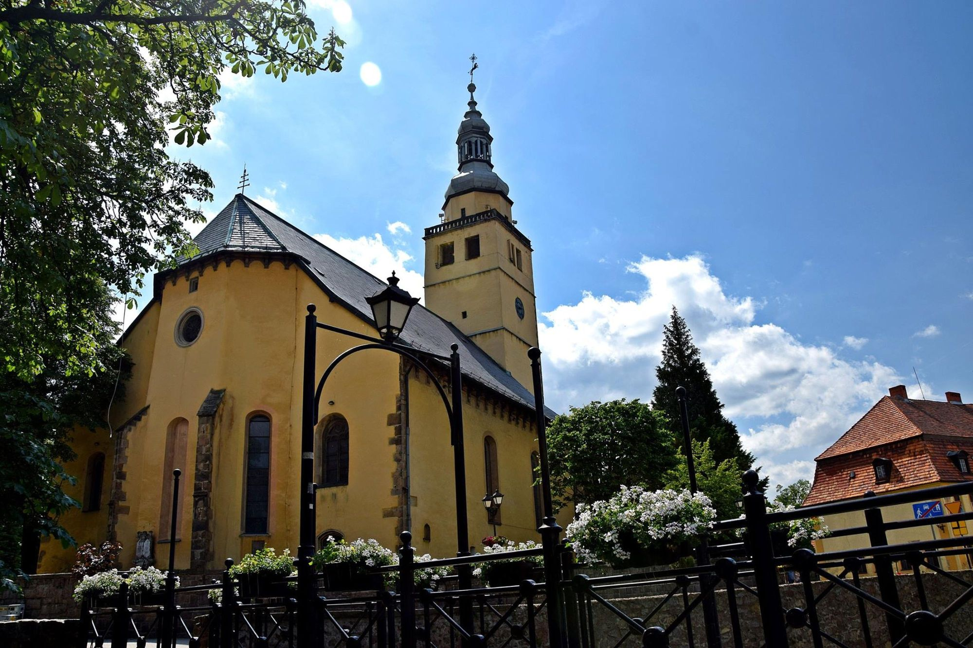 1. Kościół pw.im. NMP w Kowarach