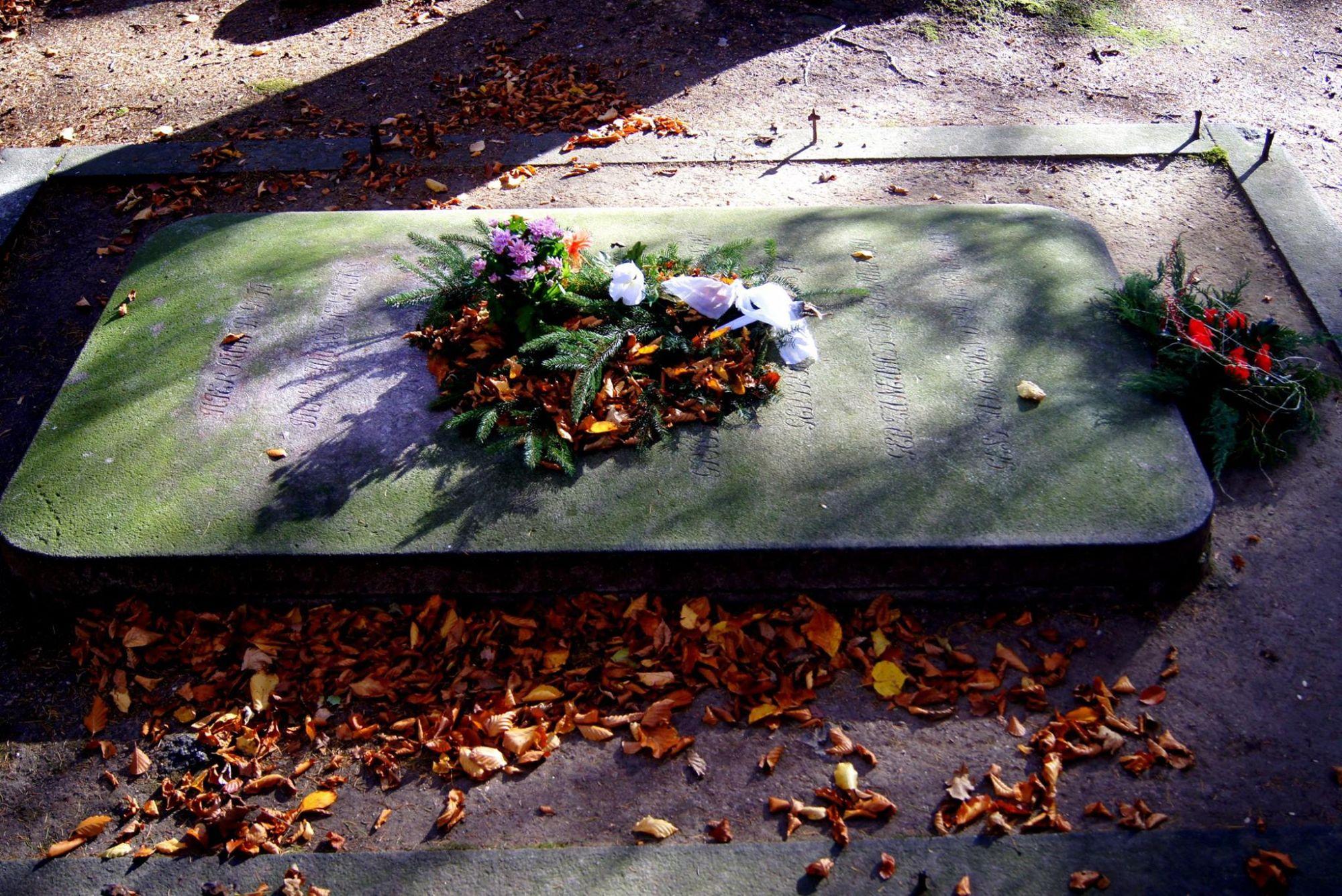 6. Grobowce Rodziny von Reuss w Kowarach