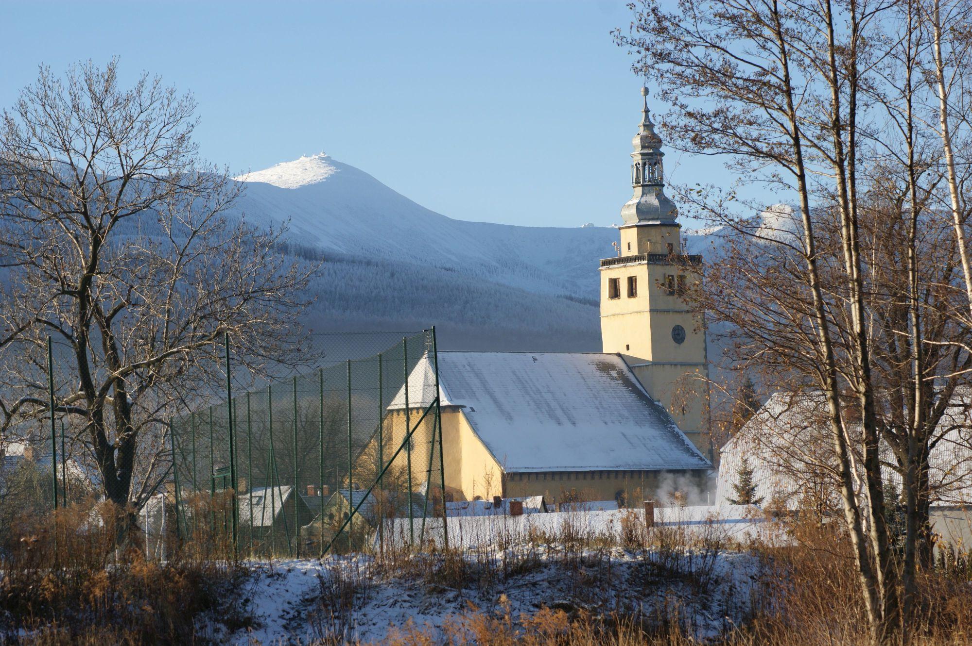 8. Kościół pw.im. NMP w Kowarach
